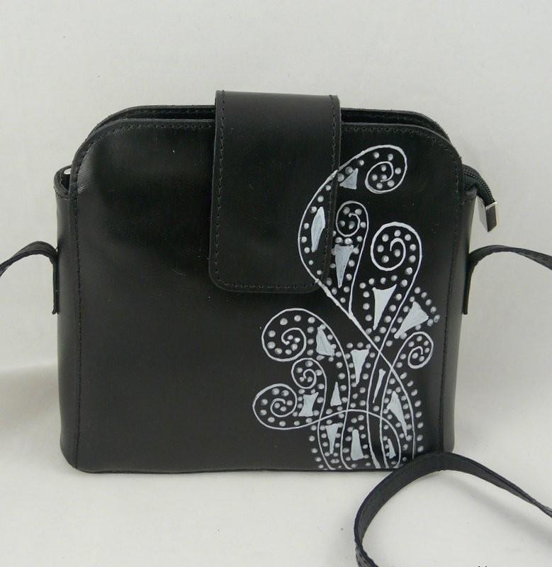 23e858ba8244 Női táska » Kisméretű női bőr válltáska, egyedi, kézzel festett ...